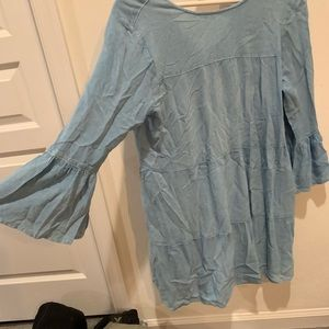 Dresses & Skirts - Blue flowy dress with wide sleeves